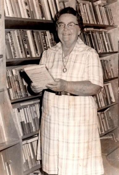 Edna Liggin in the Bookmobile